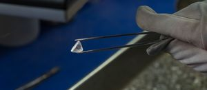 Firmer conditions for diamond sale