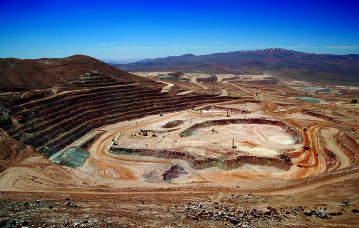 Copper surplus maintained despite strikes