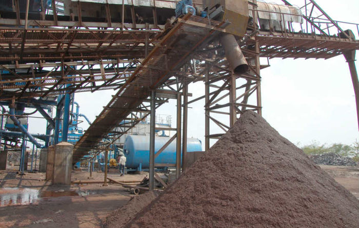 Iron ore due to fall