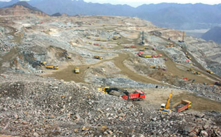CMOC joins global mining top 10