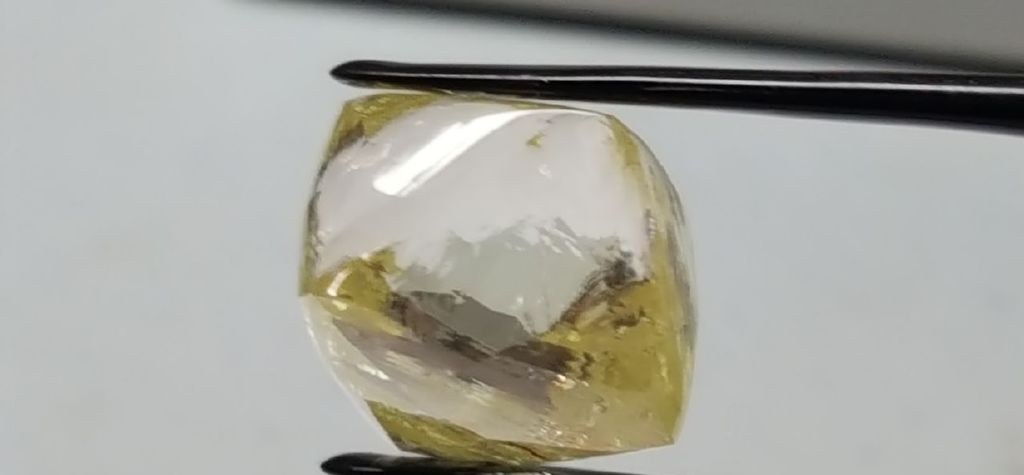 More large diamonds found at Lucapa's Lulo