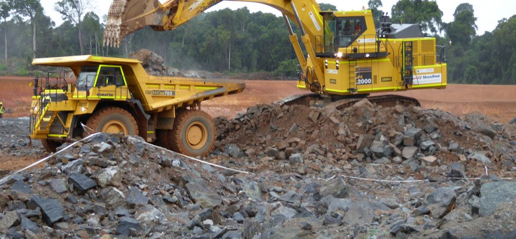 Pit wall collapse knocks out Avesoro Liberia mine