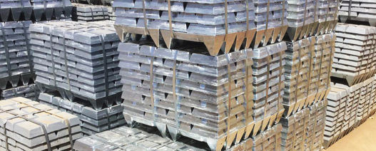 Zinc window opens before slamming shut