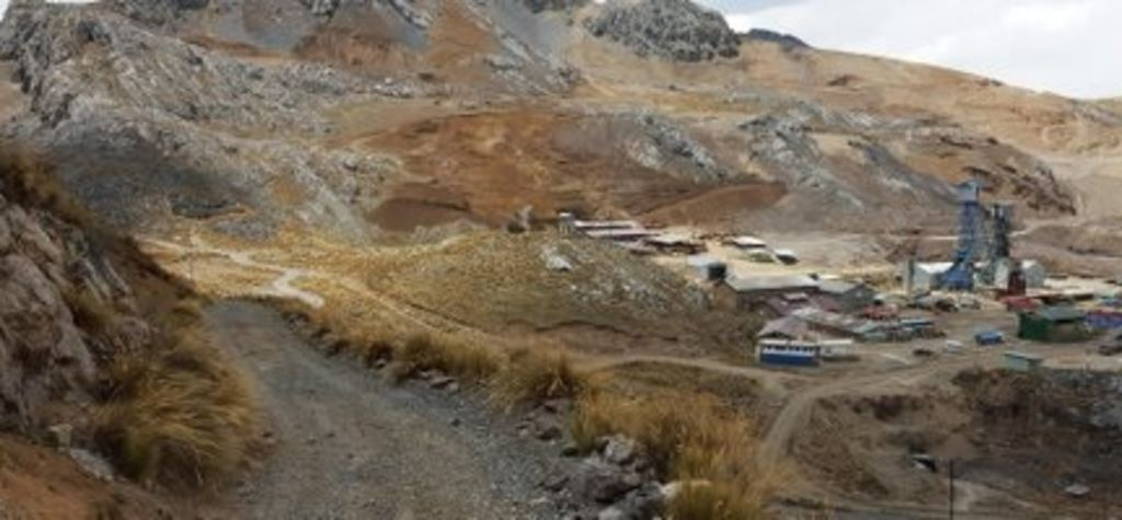 Miners respond as Peru extends emergency measures