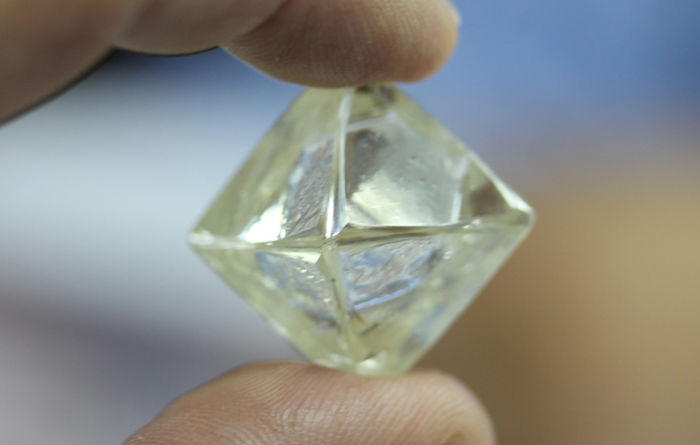 Diamond market to recover after rough year