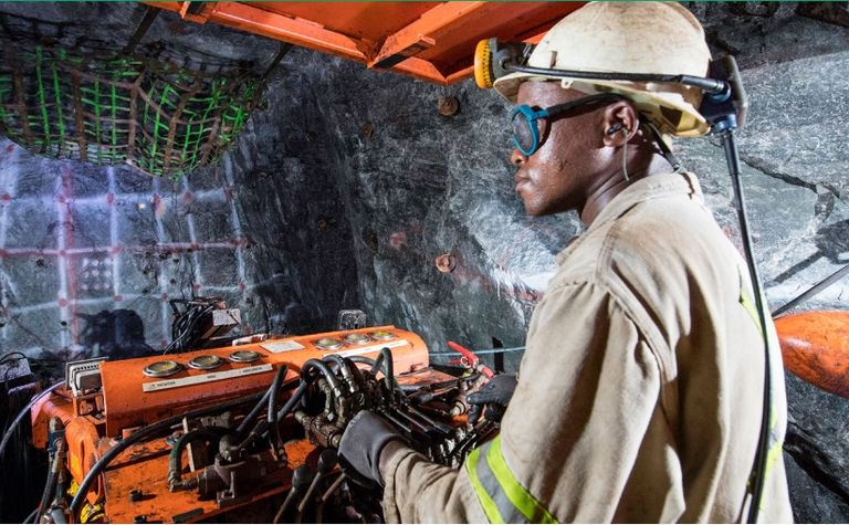 SA mining fatalities fall 10% in 2018