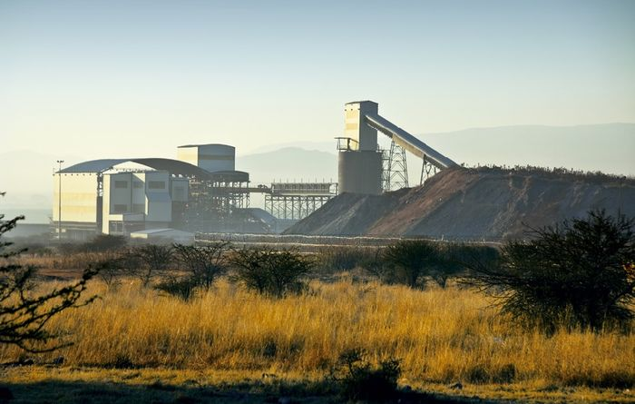Lonmin says it's still in the black