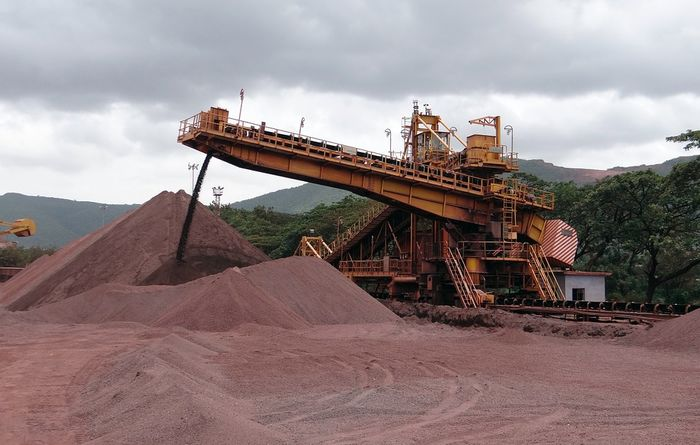 Woodmac sees prolonged strong iron ore strength