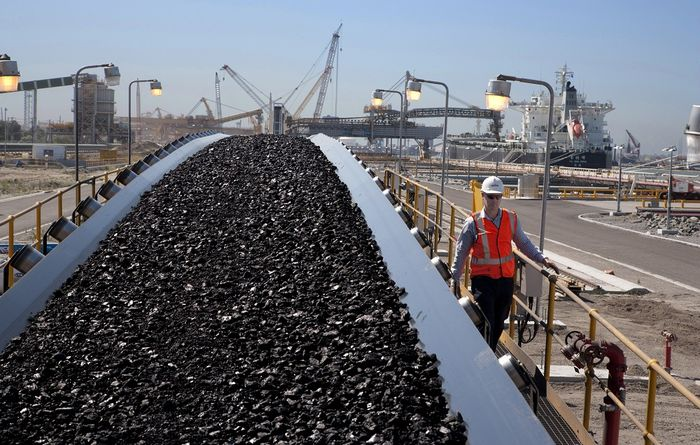 Teck ramps up West Coast coal shipping capacity