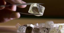 Alrosa to auction off private pension fund
