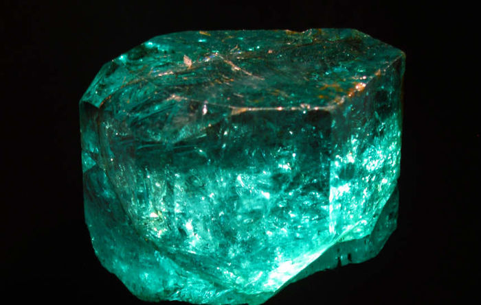 Gemfields buys Colombia emerald assets