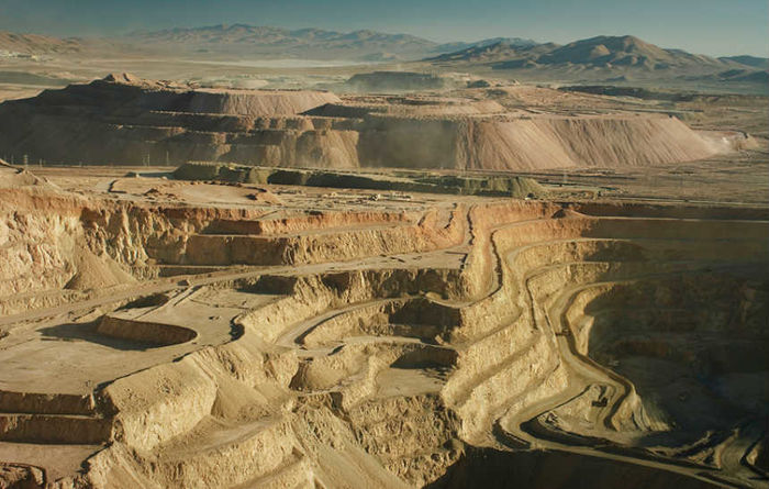 Barrick to buy back debt