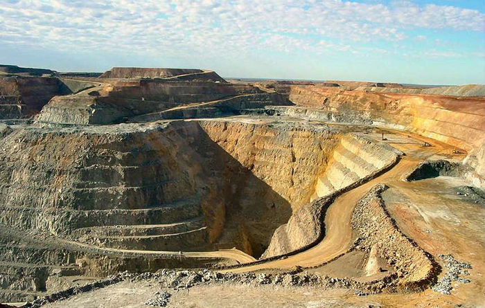 Super Pit deal falls over