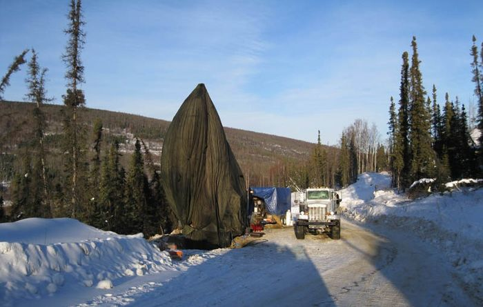 Golden Summit drilling restart lifts Freegold to fresh high