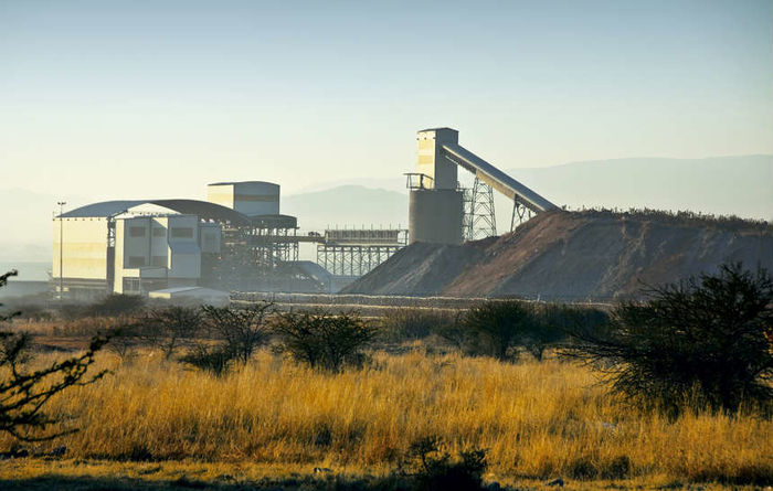 Lonmin COO quits