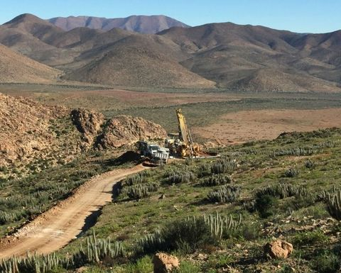 Chile government agency to mine Hot Chili ore from Productora