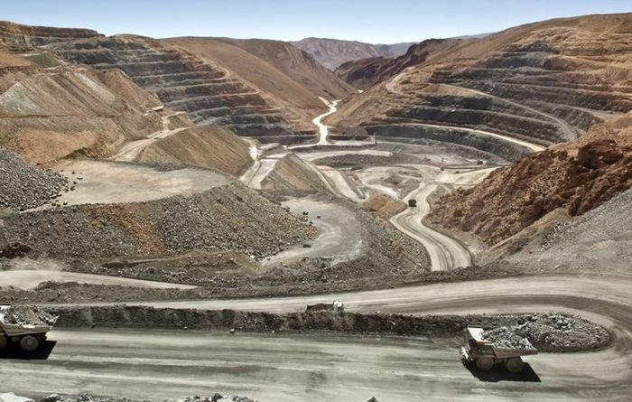 Argentina gives nod to Chinchillas mine