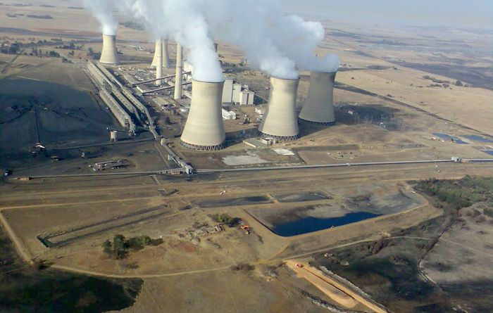 'Unprecedented' power outages disrupt South Africa miners