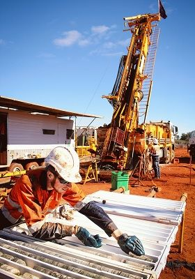 alt='Diamond drilling underway at St George's flagship Mt Alexander project, with crew from DDH1 Drilling'