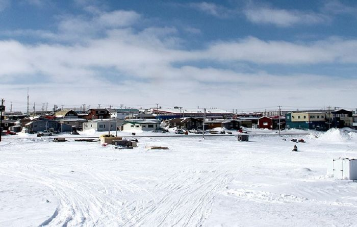 Funds, video to boost mining in Canada's north