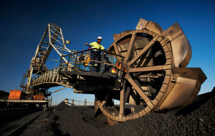 South32 to spin off SA coal division
