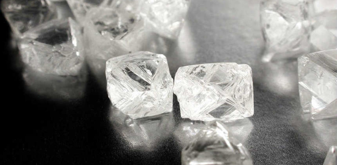Successful pilot for De Beers' diamond blockchain initiative