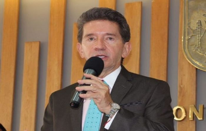 Antioquia governor playing politics with mining