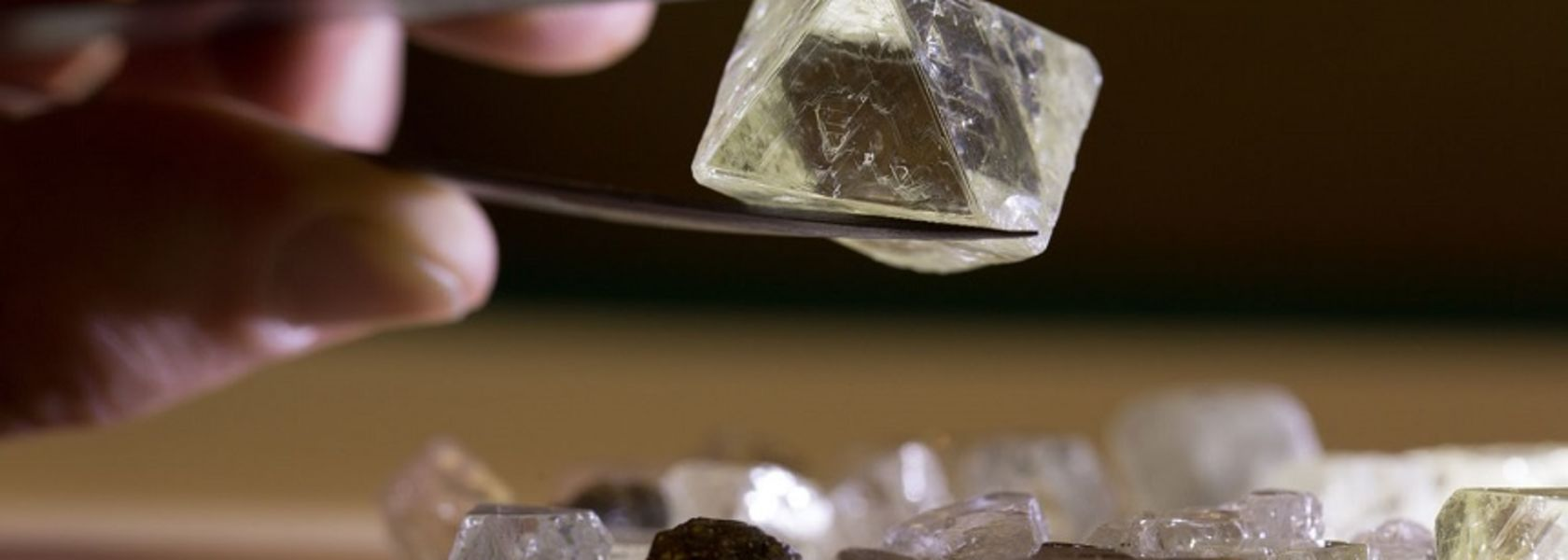 ALROSA leads in social investments