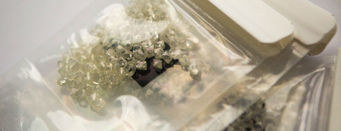 De Beers rough diamond sales fall