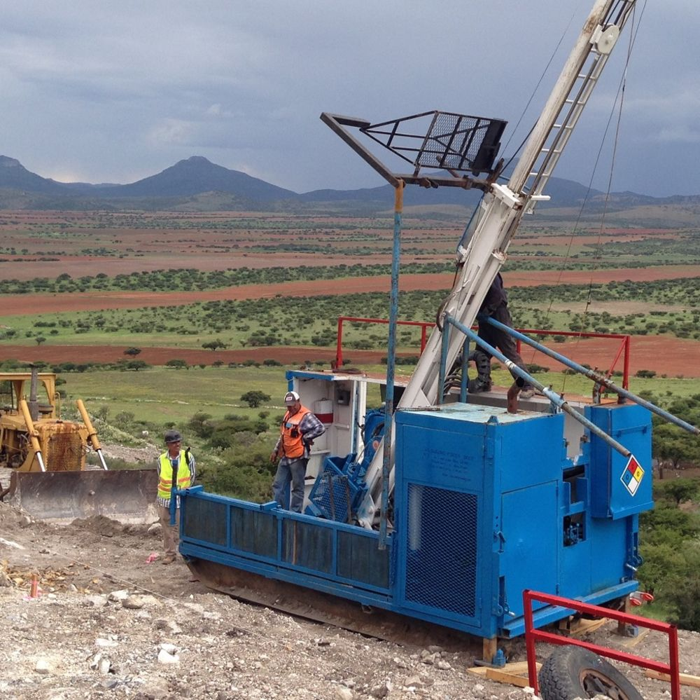 hasing large style mineralisation in exico
