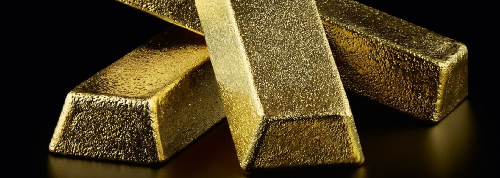 Gold up around US$1,800/oz again, gold ETFs hit records