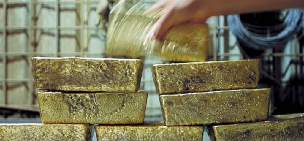 Refinitiv sees gold plateauing in 2020