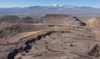 Freeport exceeds revised copper, gold targets