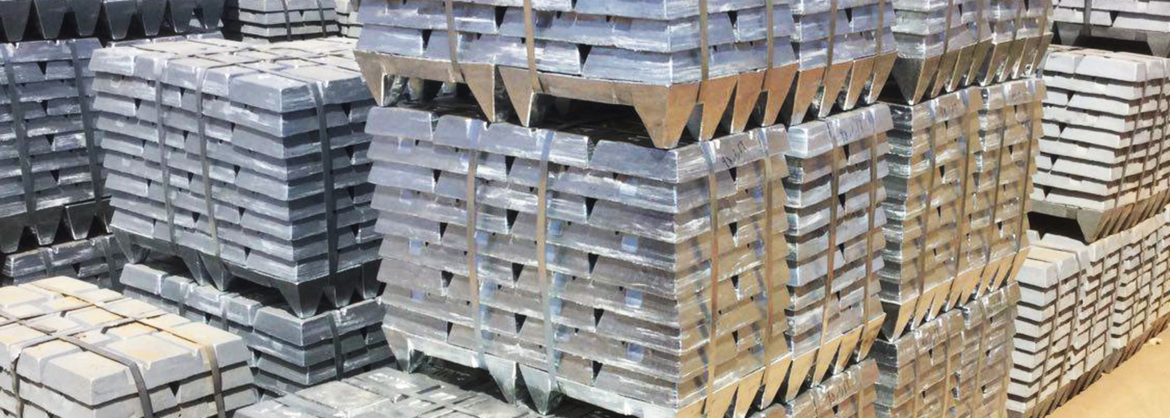Fitch sees zinc fading long-term