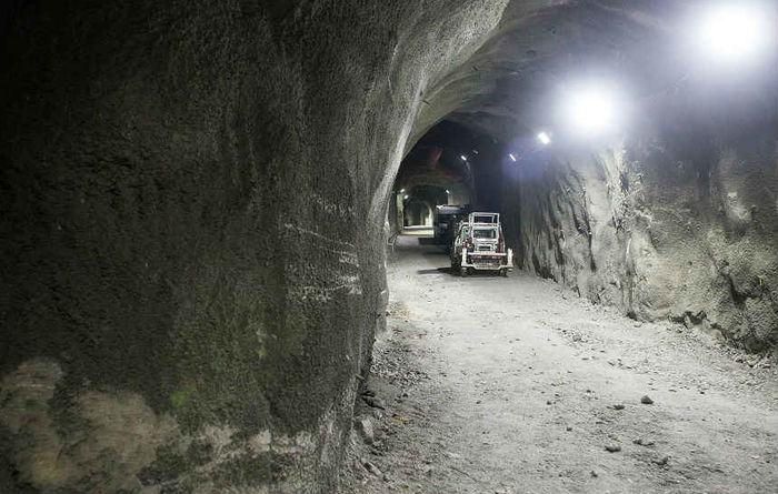 Thiess maps underground move