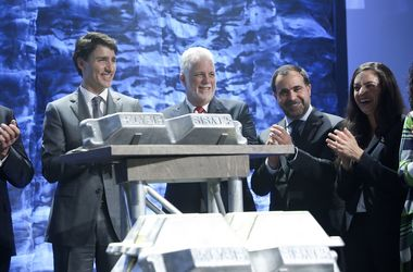 Rio, Alcoa unveil major aluminium breakthrough