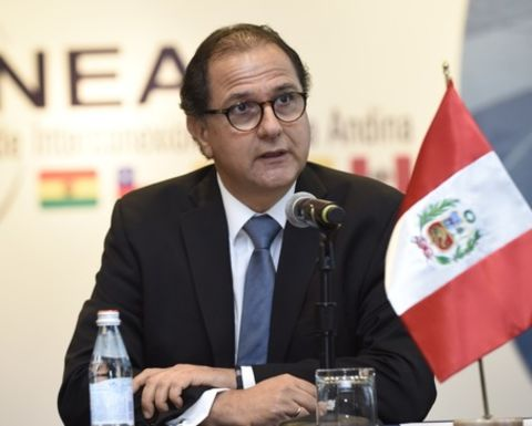Peru mining law changes to respond to social need