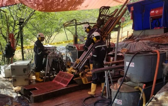 Second rig for Bramaderos on gold-copper promise