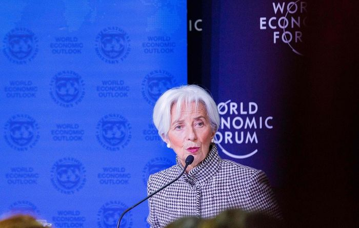 IMF outlook weighs on markets