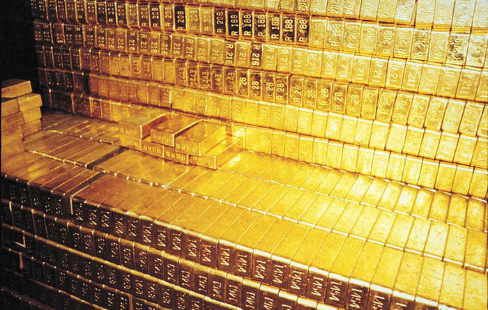 Gold soars despite December headwinds