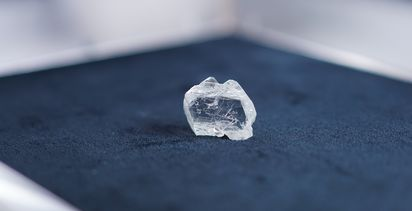 Alrosa recovers big diamond at International