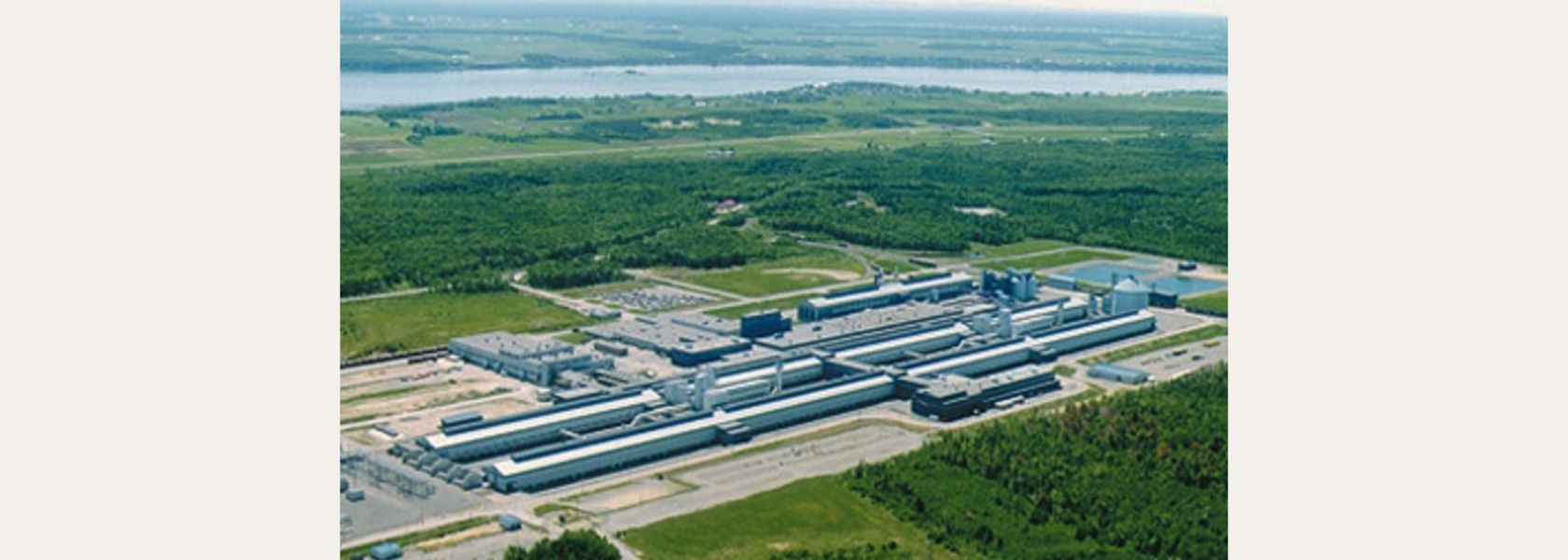 Canada invests in Alcoa project