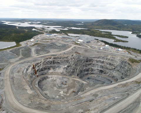 Stornoway suspends Renard openpit operations