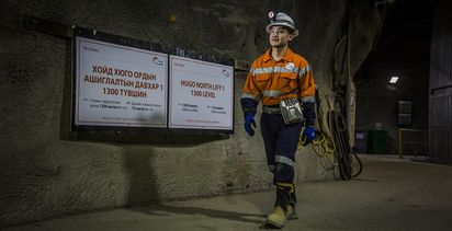 Oyu Tolgoi delay, budget blowout cut