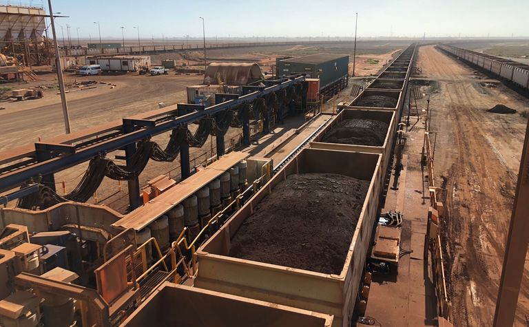 Record profit, new dividend for Fortescue