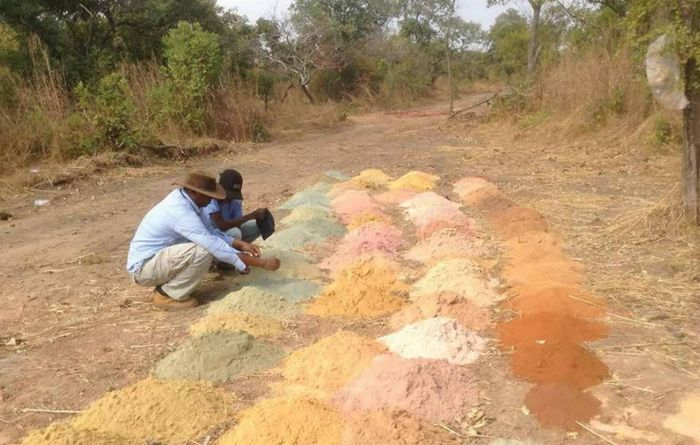 IAMGOLD prepares for drilling at Dalafin